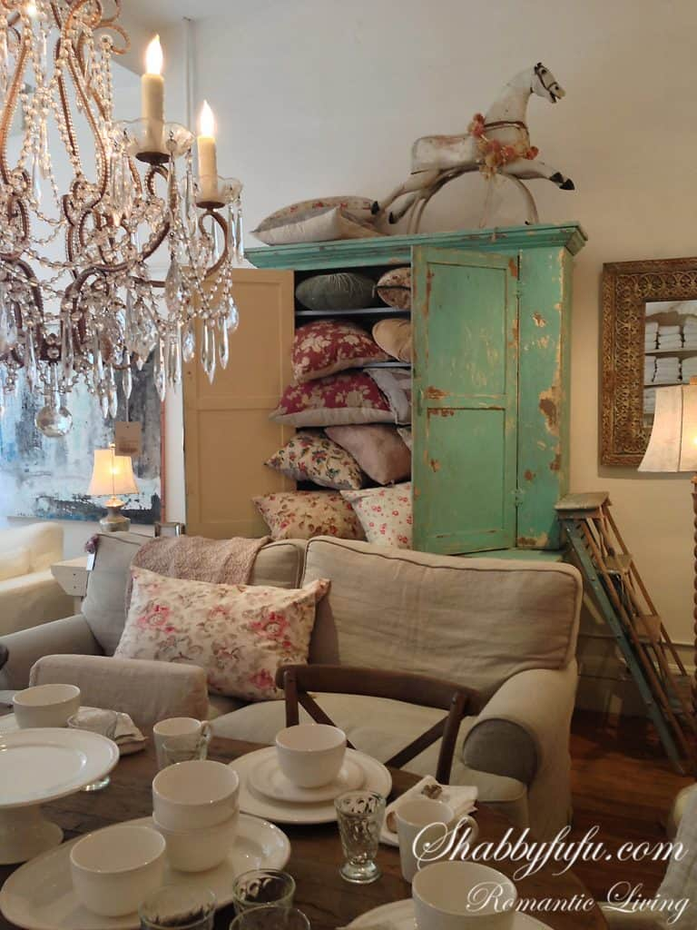 shabby chic couture store