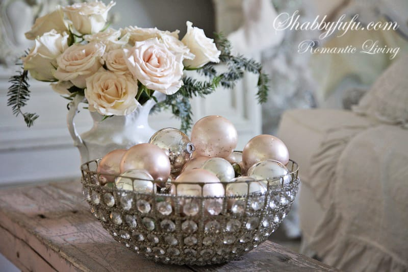 french style elegant pink christmas decorating ideas