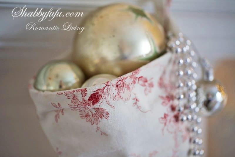 elegant pink christmas decorating ideas stocking