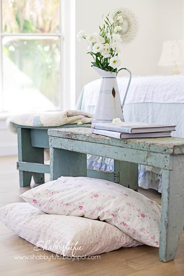 Benches In The Bedroom...Shabby Chic Style - shabbyfufu.com