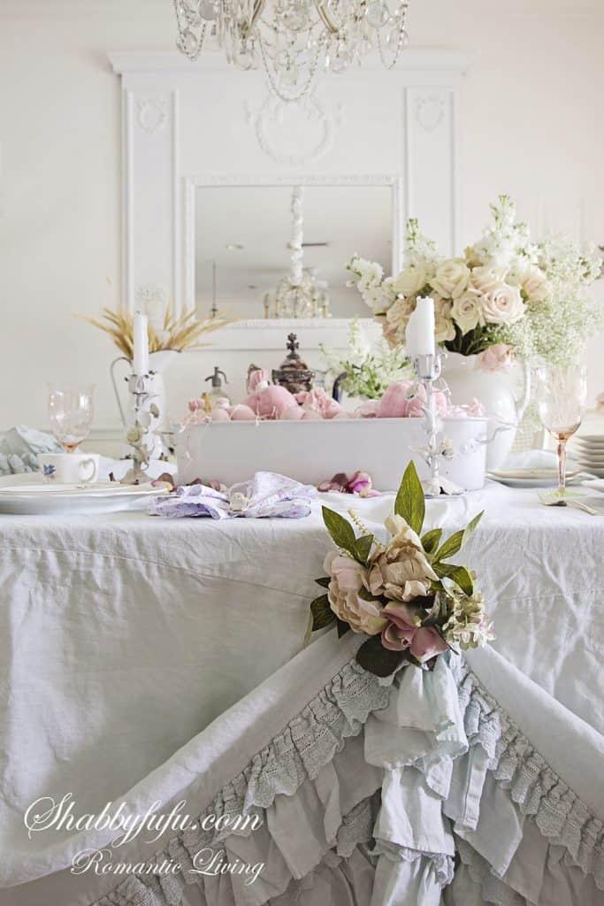 marie antoinette styled table