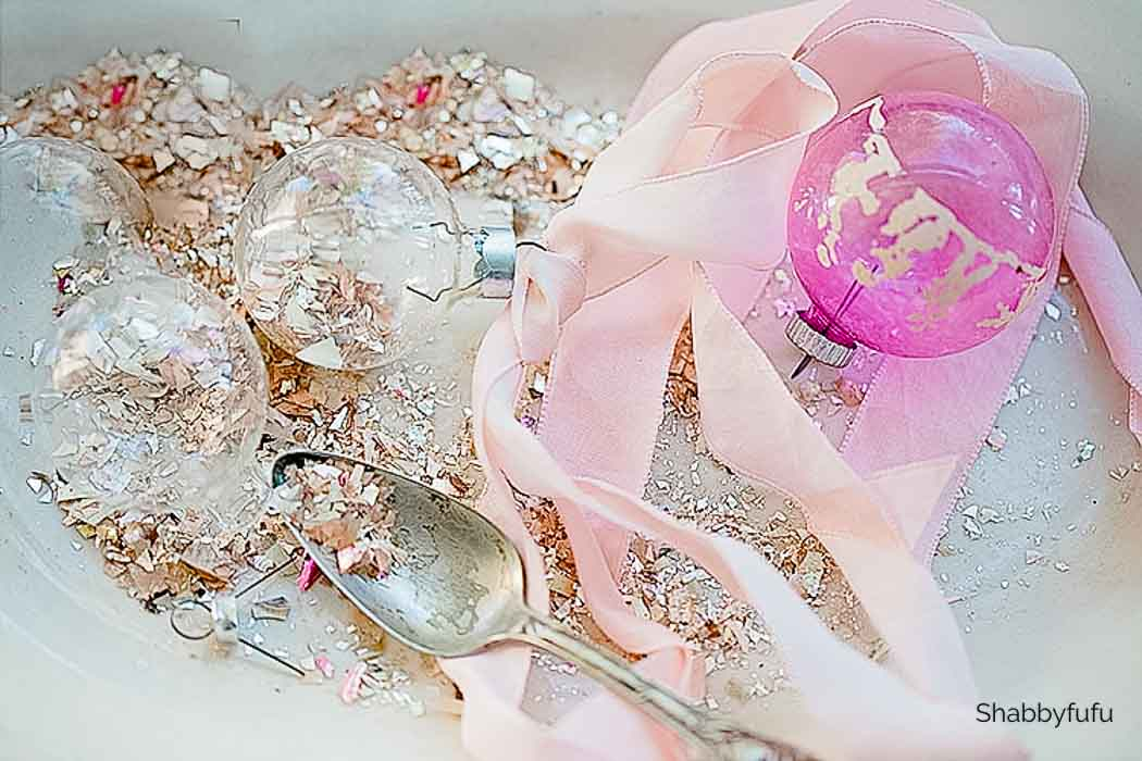 how to make glitter with glass Christmas balls