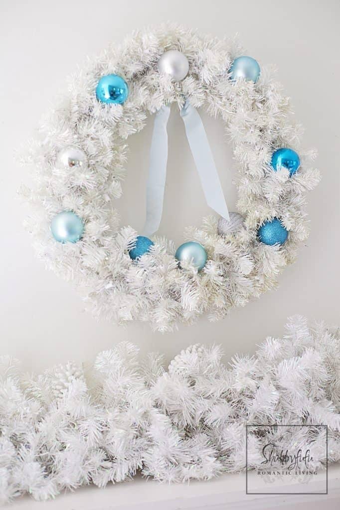 white flocked christmas wreath