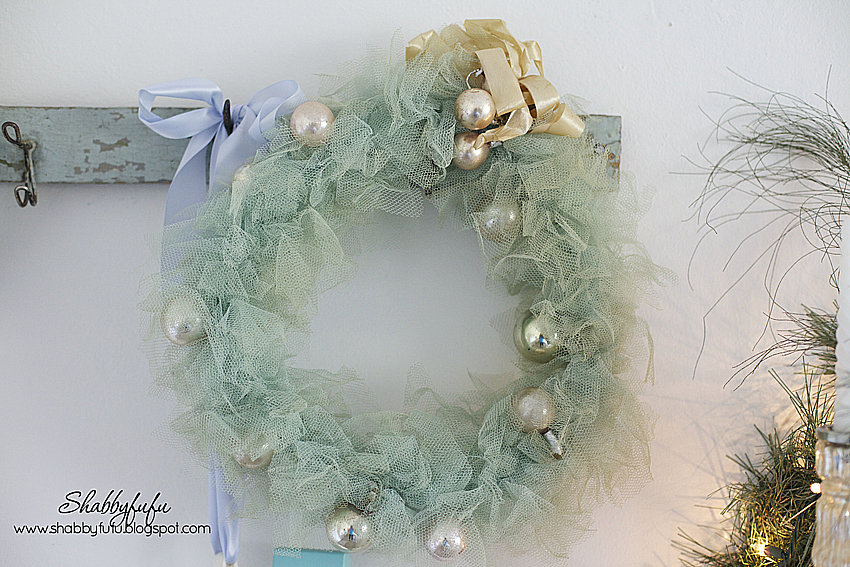 tulle christmas wreath aqua