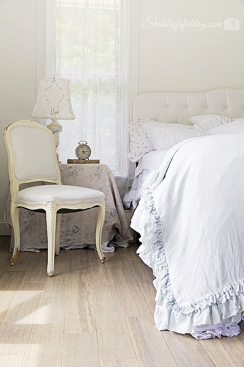 blue bedroom shabby chic style