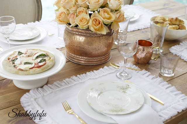 table setting with ruffle placemats