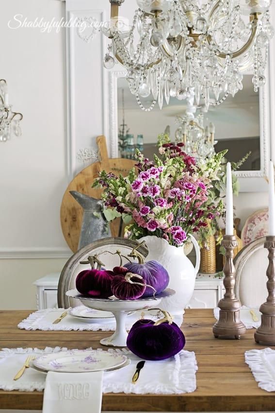 dining room tablescape with velvet pumpkins