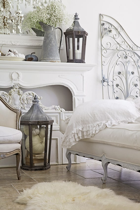 Shabbyfufu fall home tour french country style - Habitaciones shabby chic ...