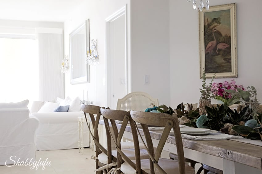 How To Make A Seasonal Magnolia Garland For Your Fall Table