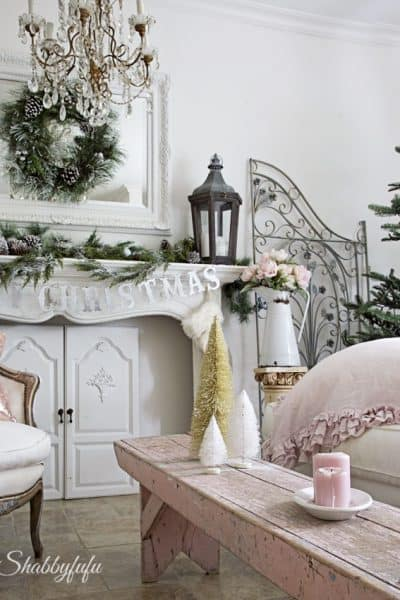 Easy Ways To Change Christmas Decor In A Room