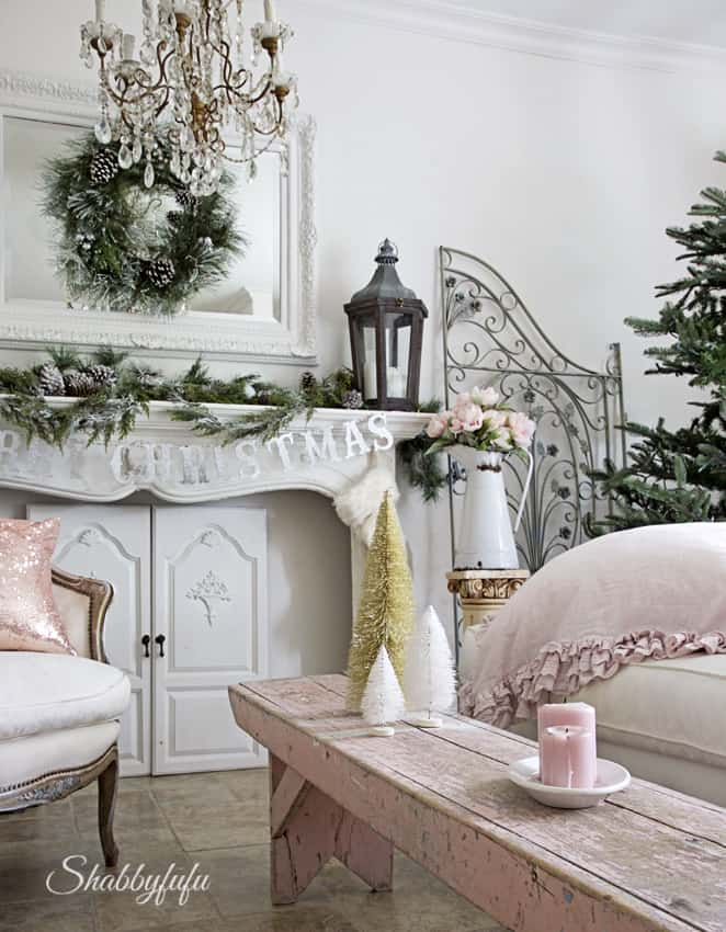 shabby chic pink christmas decorating