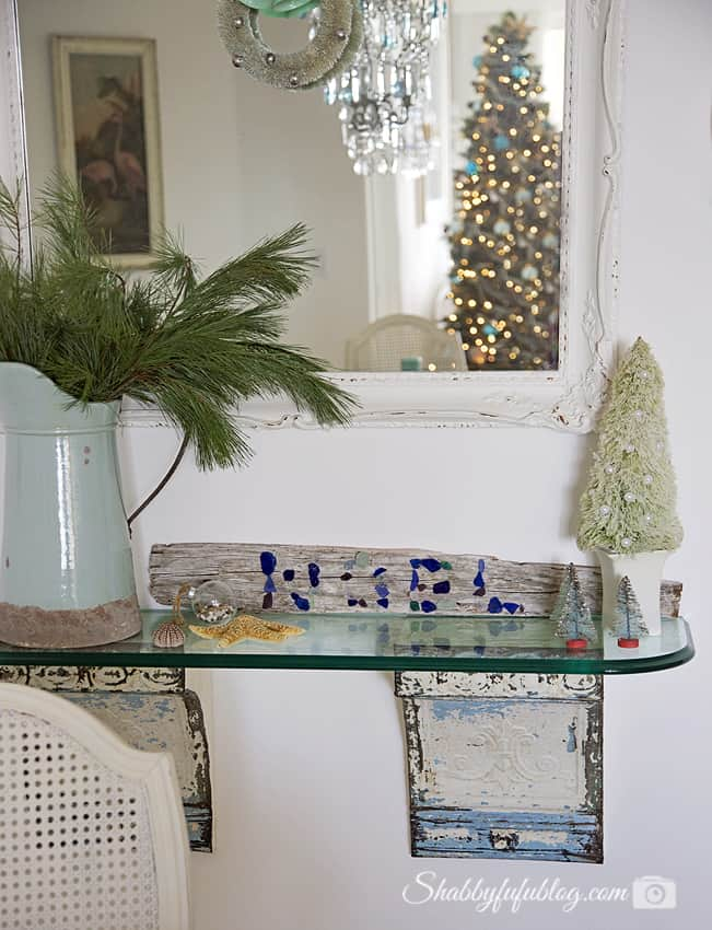 10 Minute DIY- Beach Glass And Driftwood Christmas Sign