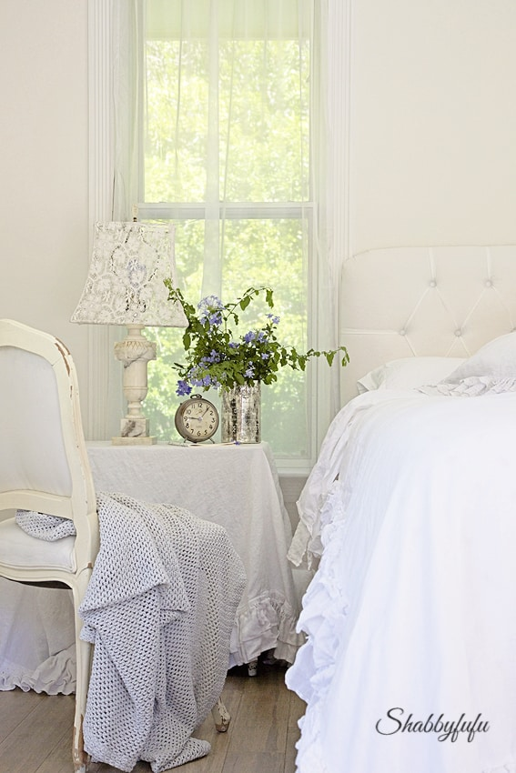 French white bedroom with shabby chic style