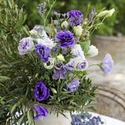 Floral Styling Tips For Outdoor Dining