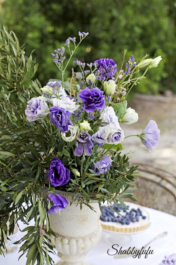lisianthus centerpiece in purple