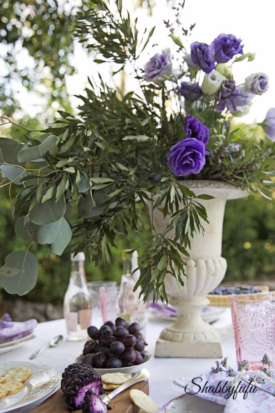 french table setting al fresco