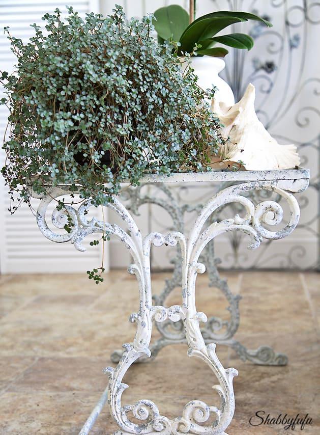 best vintage garden tables