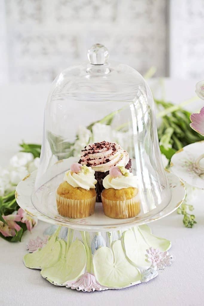 cake stand cloche idea
