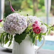 Outdoor Entertaining With Flowers