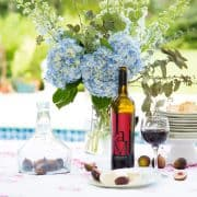 Tips For Hosting An Effortless Outdoor Party
