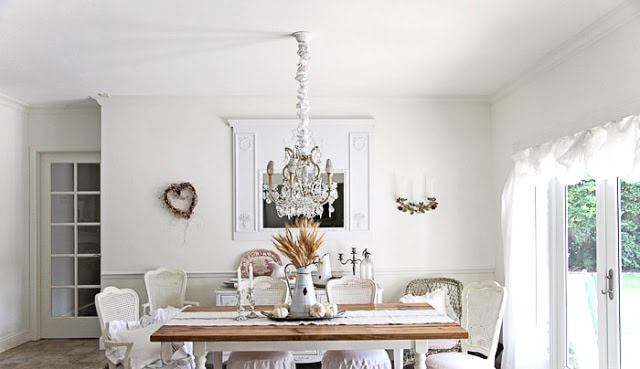 elegant-white-farmhouse-decorating