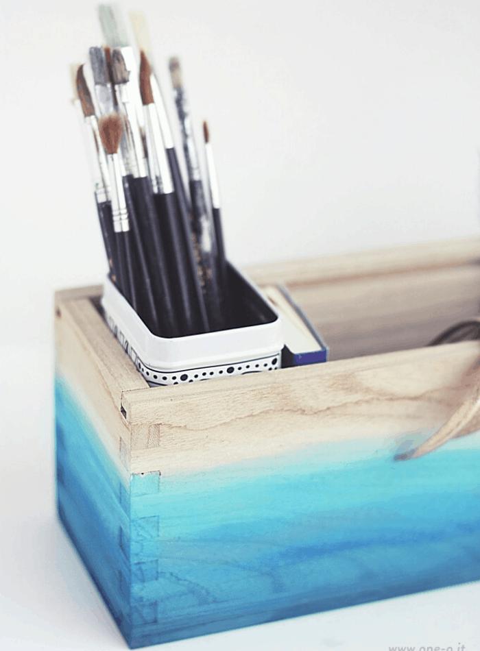 DIY ombre home decor ideas wooden crate