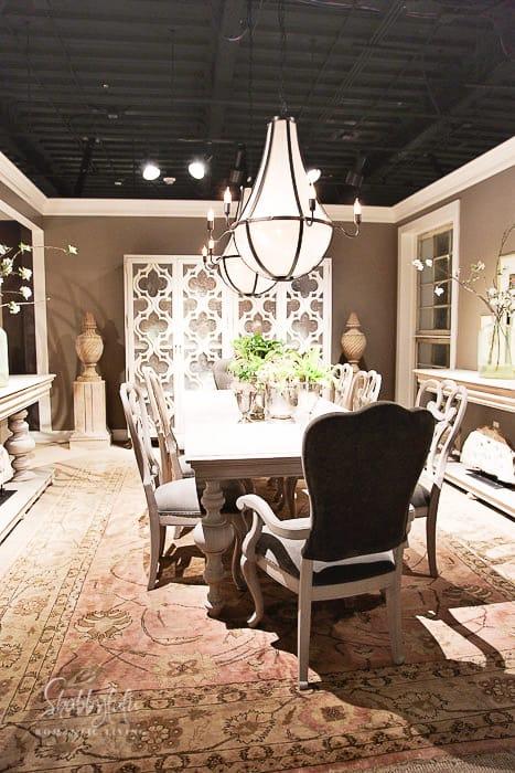 elegant farmhouse fixxer upper style