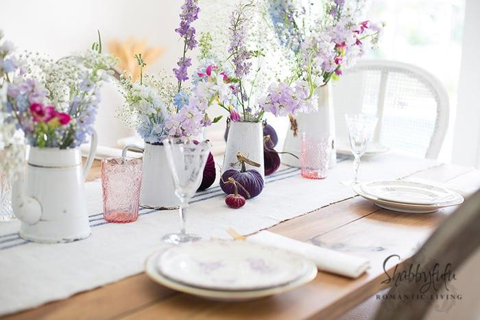 elegant white tablescape