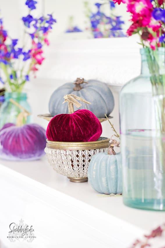 silk-velvet-pumpkins-jewel tones
