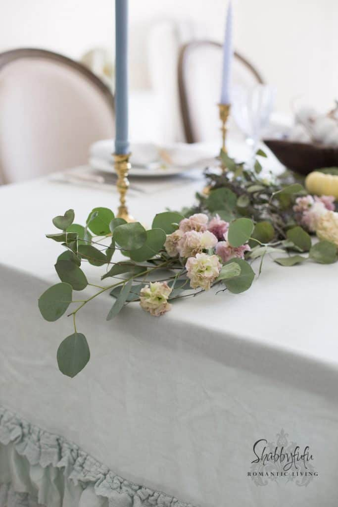 How To Style An Elegant Table Setting With Pastels