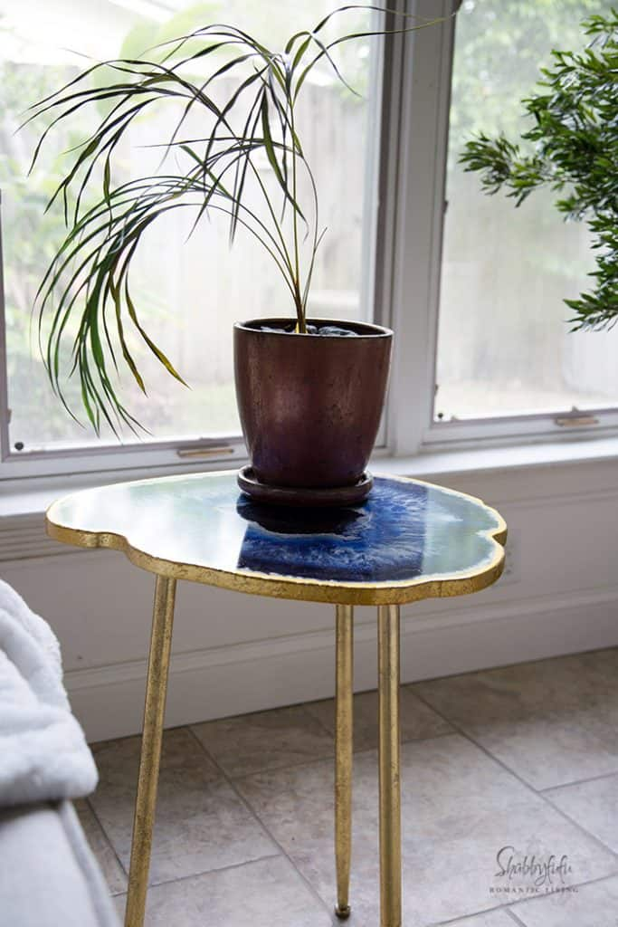 geode table