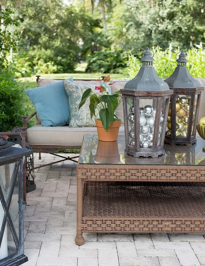 patio-entertaining-florida-lanterns