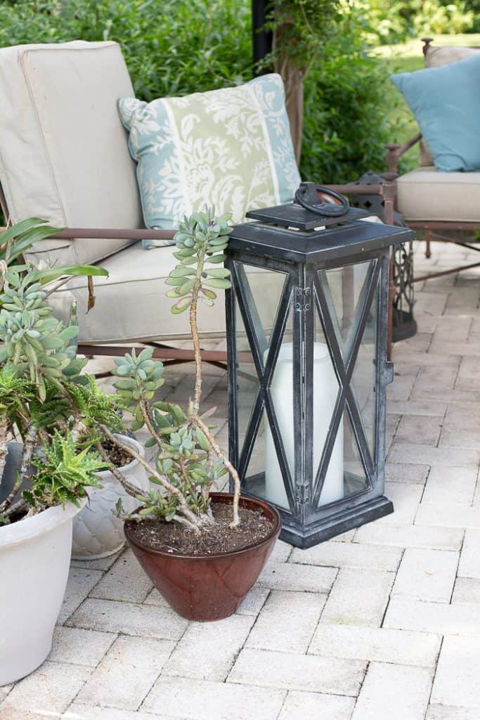 Easy and Practical Outdoor Holiday Entertaining - Florida Style