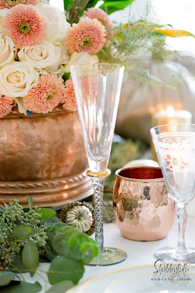 Informative table setting guide - glamorous-elegant-copper-table-setting