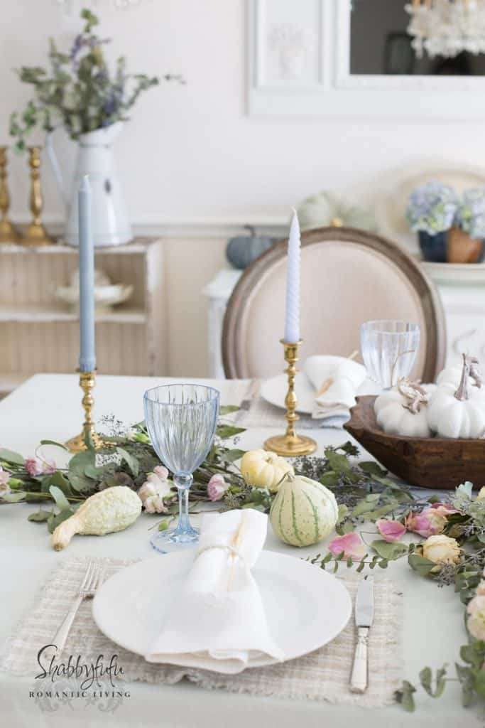 shabby-chic-table-dishes Informative table setting guide