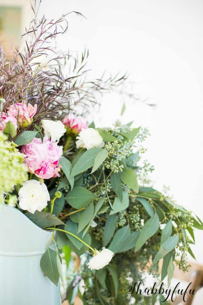 wild-flower-arranging-peonies How to get peonies to open