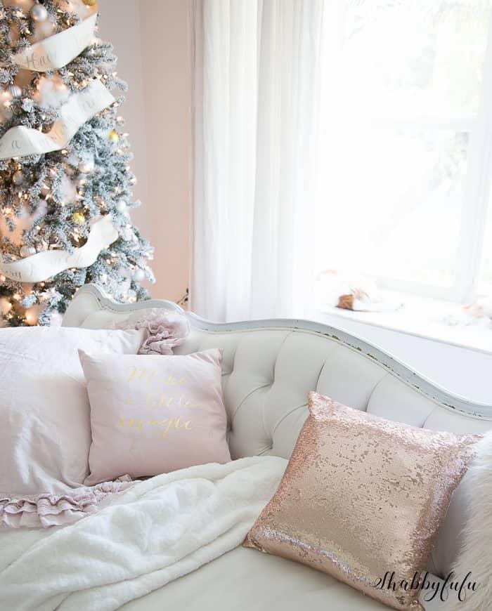 blush pink-christmas-pillows