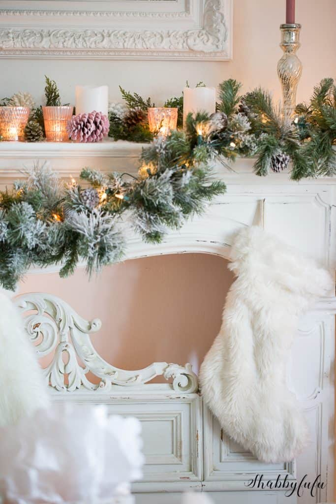 french-country-christmas-mantel