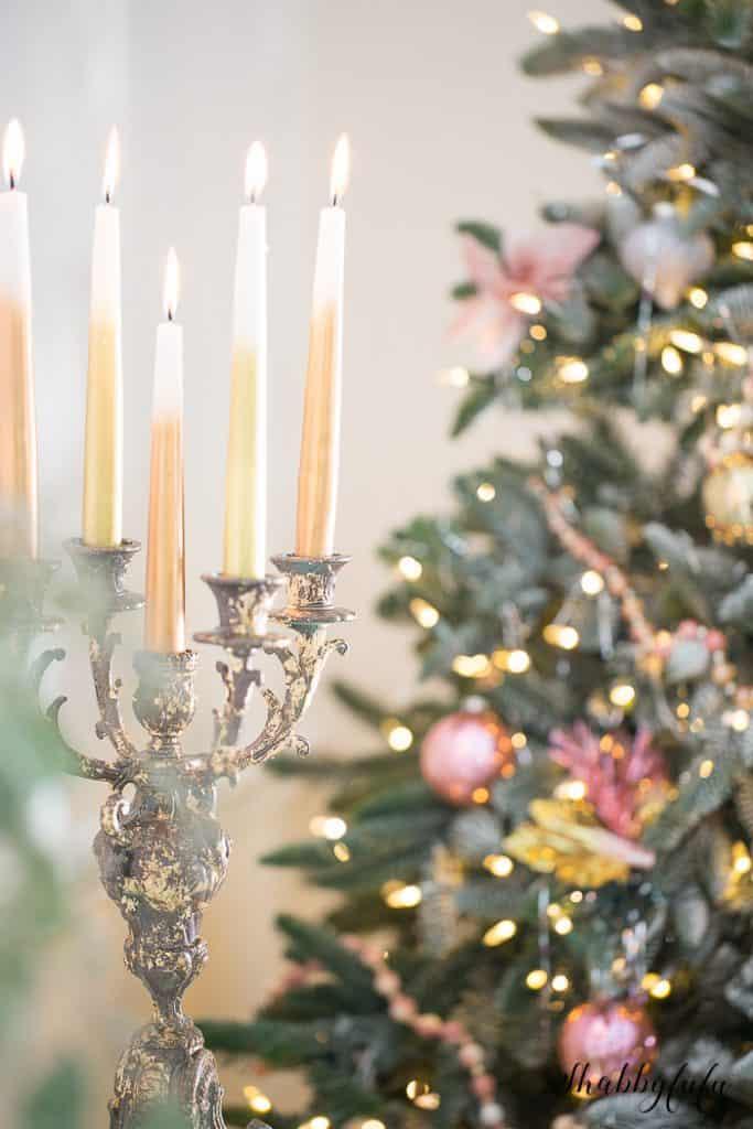 gold-candelabra-christmas