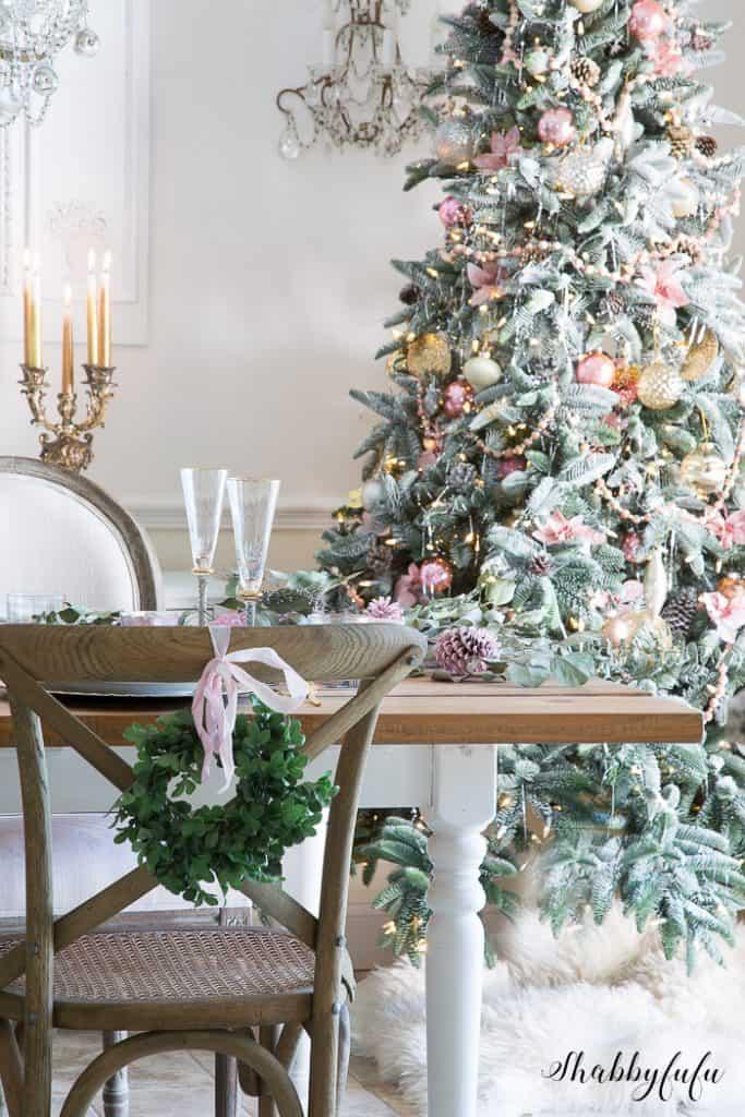 victorian-style-christmas-tree