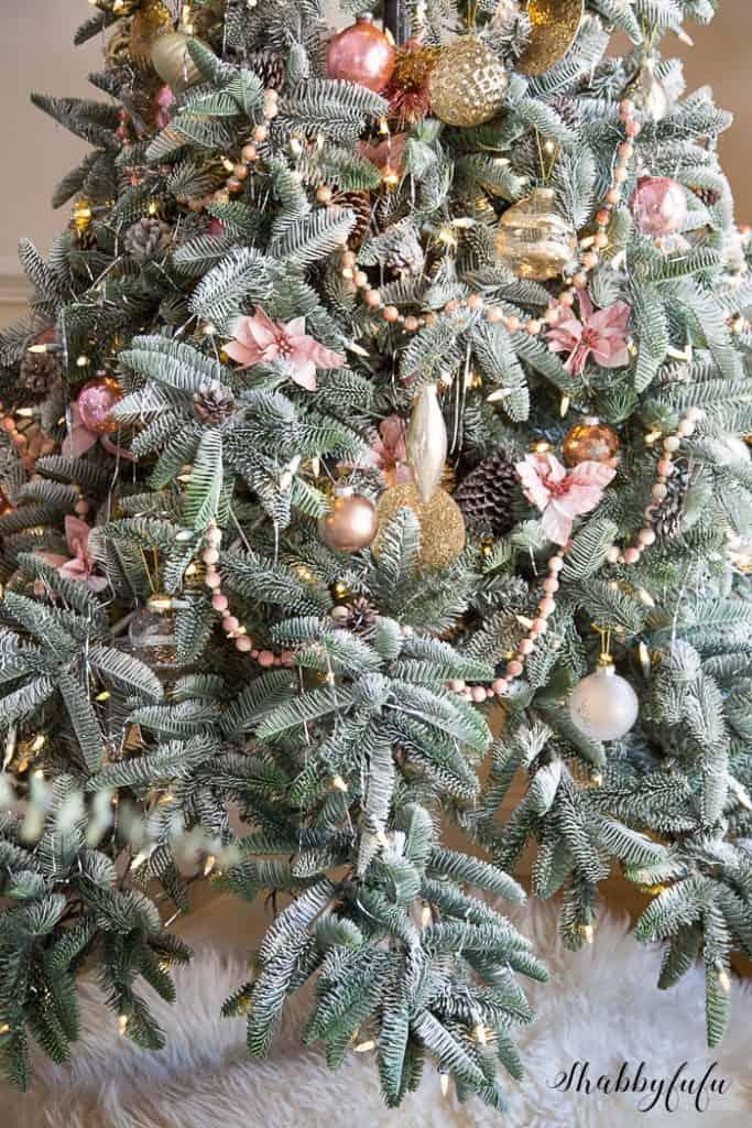 shabby-chic-christmas-decorating