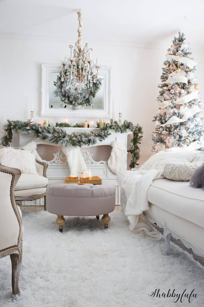 french-white-christmas-livingroom