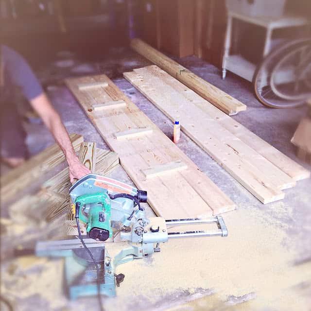 build a no nails farmhouse table