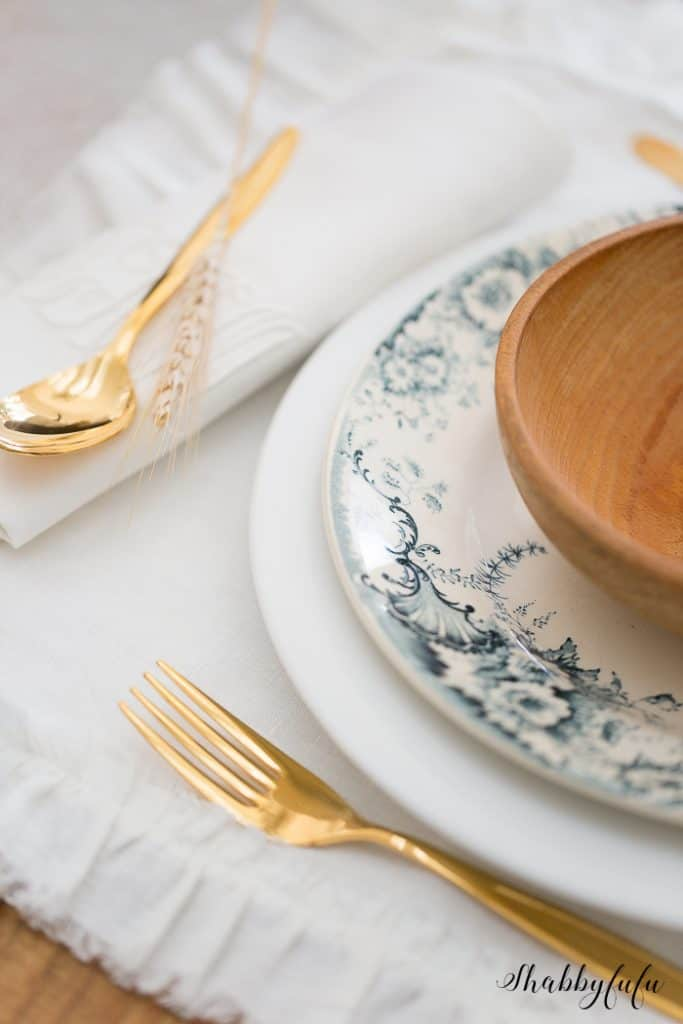 tablesetting with french ironstone