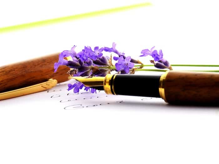 vintage pen and paper with lilacs