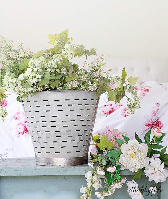 vintage-olive-bucket-flowers