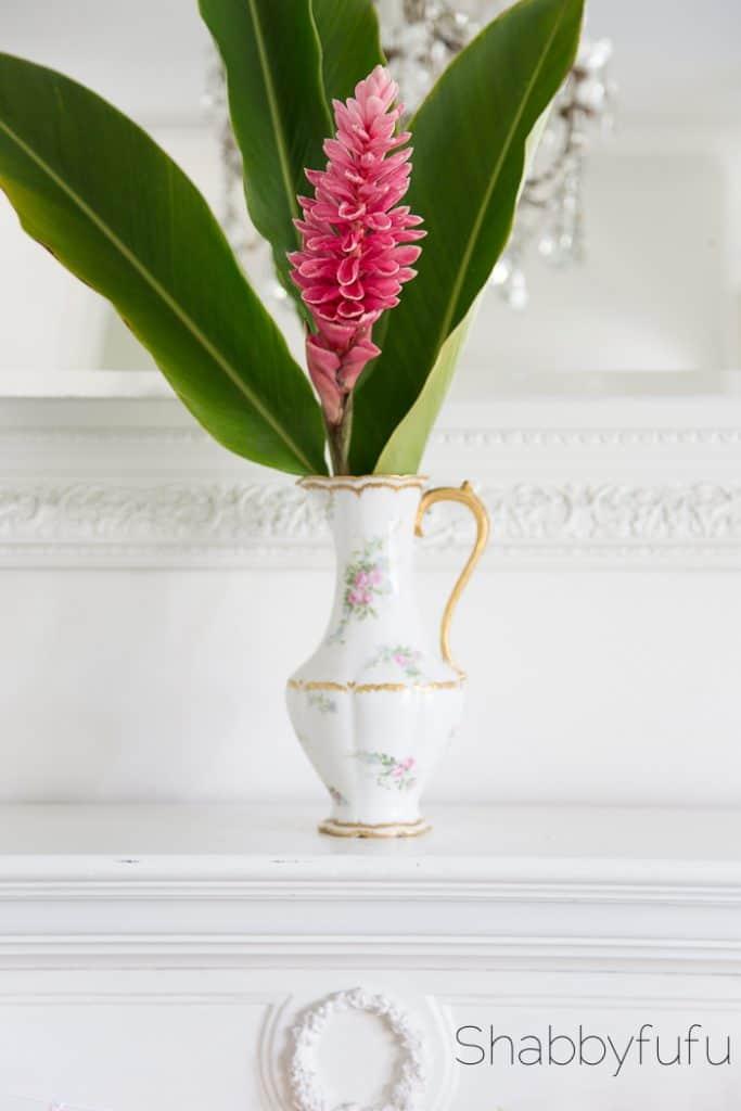 chocolate-pot-flowers