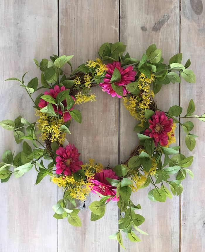 upcycling wreaths