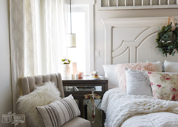 pink accents in a bedroom - decorate a room with blush pink
