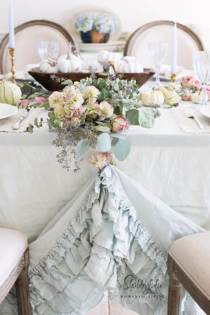 beautiful table settings weddings ruffles romantic style home decorating